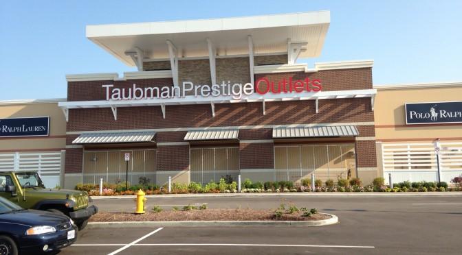 Taubman-Prestige Outlets Backlit